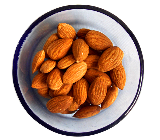 almonds-1740176-960-720.png